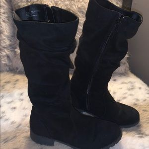 Girls Justice Slouchy Black Boots size 4